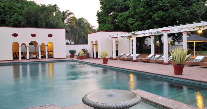 Piscina en The Victoria Falls Hotel