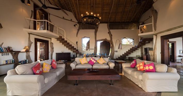Luangwa Safari House . Sala de estar