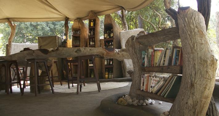 Tena Tena - Biblioteca