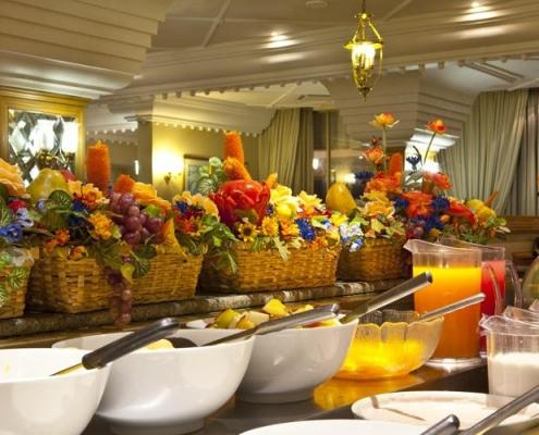 Safari Court Hotel - Restaurante