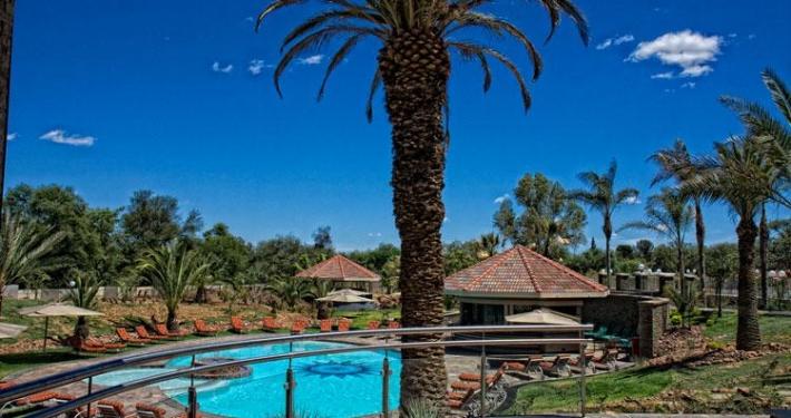 Safari Court Hotel - Piscina